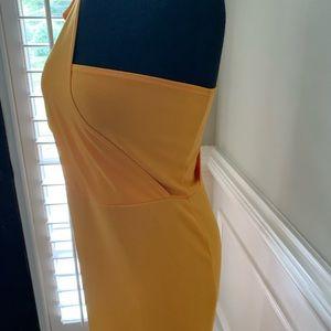 Dresses & Skirts - Gold midi dress